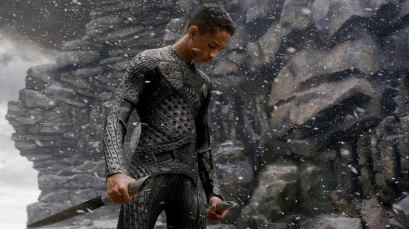 after-earth-super