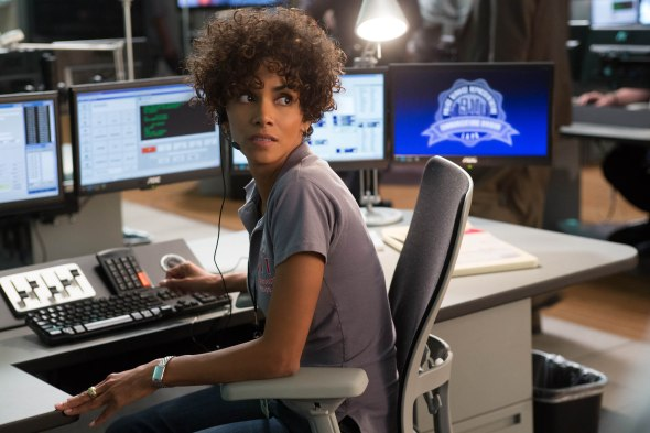 Jordan Turner (Halle Berry) in TriStar Pictures thriller THE CALL.